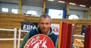 Berthold Kirchtag schickte Grüße vom Österreichischen Freispringchampionat in Stadl Paura (OÖ).© privat