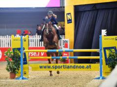Ludovica Goess Saurau (B) konnte sowohl das VIP Tour Finale als auch den Pony Grand Prix souverän gewinnen. © HORSIC.com