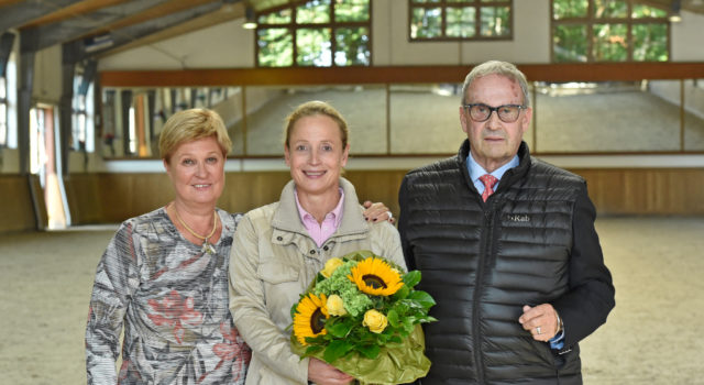 Sissy Max-Theurer, Isabell Werth und David Hunt (v.l.). © Tanja Becker