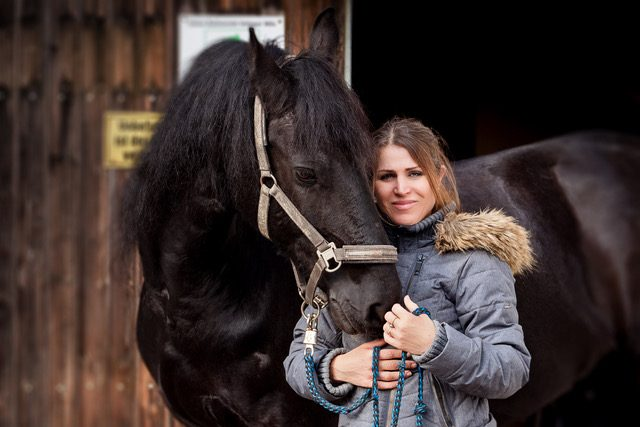 I am sure your horse will have the best Christmas ever! © Simon Wackerle