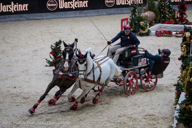 Amadeus Horse Indoors Thomas Blumschein Gewinnt Die Warsteiner