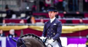 Benjamin Werndl (GER) und Daily Mirror auf dem Weg zum Weltcup-Sieg bei der Amadeus Horse Indoors. © Daniel Kaiser