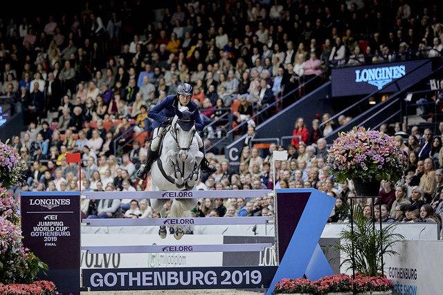Sensationell sprang der 13-jährige Westfalen Wallach Clooney unter Martin Fuchs. er Schweizer holte heute im Weltcupfinale der Springreiter in Göteborg 2019 Platz zwei.© FEI/Liz Gregg