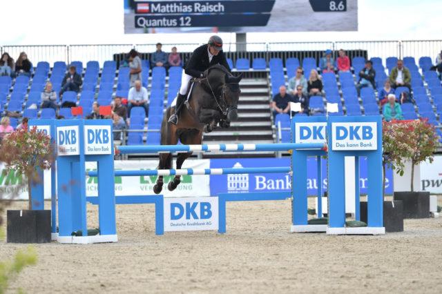 Fixkraft Teamreiter Matthias Raisch und Quantus bei Horses and Dreams in Hagen. © Team Rüchel
