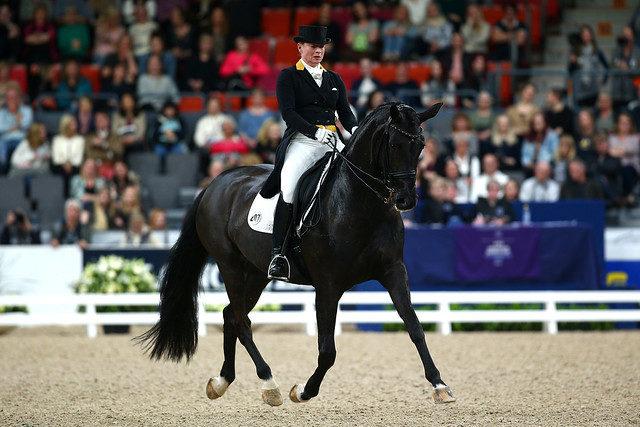 Die Dressurqueen: Weltcup-Final-Siegerin Isabell Werth (GER) und Weihegold OLD. © FEI/Liz Gregg