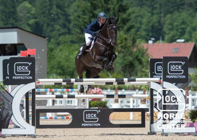Monika Madl (AUT/OÖ) und Atreju 97 schafften es für Österreich auf den hervorragenden 6. Platz im GLOCK's 2* Grand Prix bei Horses & Stars im GLOCK HORSE PERFORMANCE CENTER Austria. © Nini Schäbel