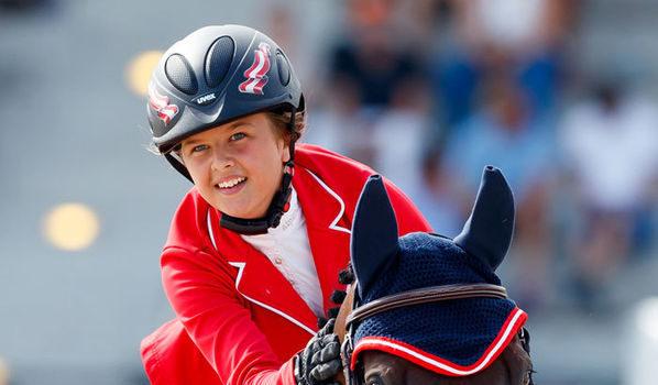 Power hat sie, starke Nerven hat sie und Talent hat sie auch: Alpenspan-Teammitglied Lena Binder holte mit dem Children-Team Platz vier und in der Einzelwertung Platz 11. Chapeau! © Tomas Holcbecher - www.holcbecher.com