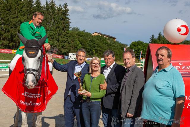 AlpenSpan-Reiter Gerfried Puck gewann die 3. Etappe vom Casino Grand Prix 2019 in Farrach. © OEPS/www.scan-pictures.net