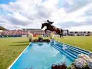 Darragh Kenny: Großer Sprung zum Sieg mit Balou du Reventon. © LGCT / Stefano Grasso