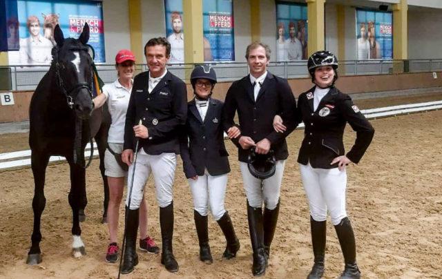 Unser Para-Dressur-Team mit Pepo Puch, Michaela Kuntner, Bernd Brugger und Julia Sciancalepore. © Petra Kerschbaum