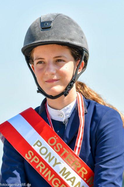 Die Österr. Meisterin Pony: Ludovica Goess-Saurau. © Fotoagentur Dill