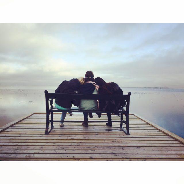 Auf wen könnt ihr euch immer verlassen? Diese Personen solltet ihr in euren Herzen tragen © Tatiana Vavrikova
