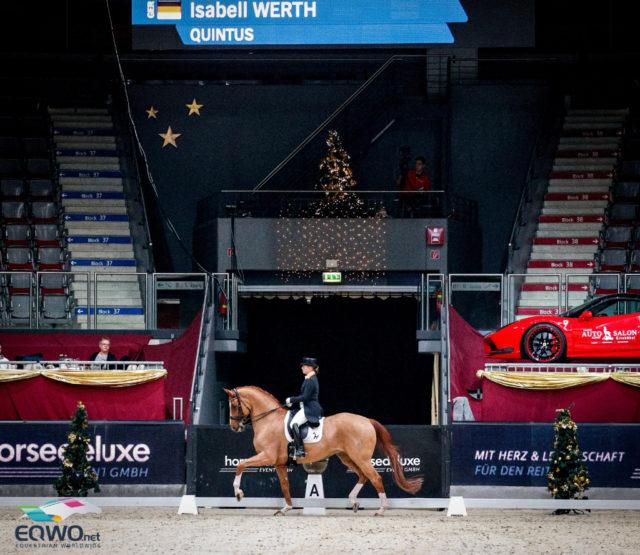 Isabell Werth (GER) und der Quarterback-Sohn Quintus platzierten sich mit einem Fehler in den Einerwechseln auf Platz drei. © EQWO.net