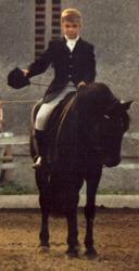 """Reiten gelernt hat der kleine Peter auf Pony """"Gretel"""". © Privat"""