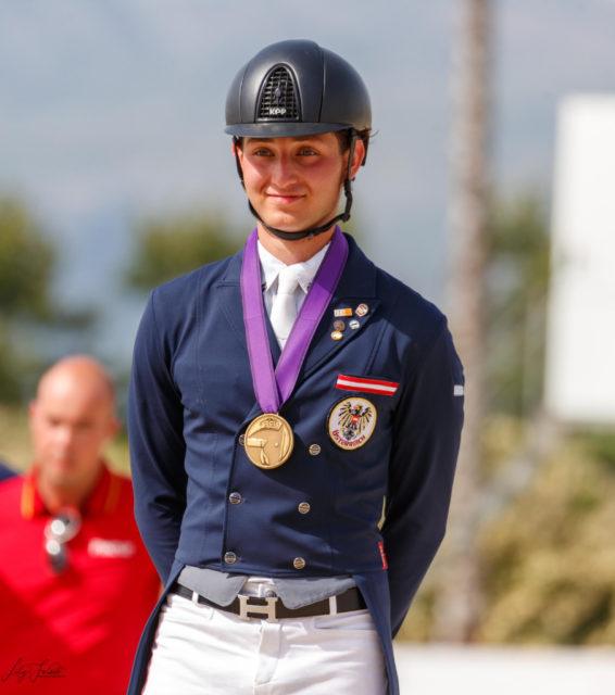 Paul Jöbstl gewann am Wochenende zweimal Edelmetall! So wirklich realisieren kann er das einen Tag danach noch nicht. © Lily Forado