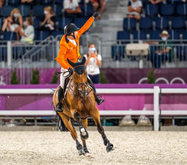 Als letzter Starter im Finale der Einzel-Entscheidung bei den Olympischen Spielen in Tokio zeigte Maikel van der Vleuten (NED) auf Beauville Nervenstärke und ritt Bronze nach Hause! ©️ Arnd Bronkhorst
