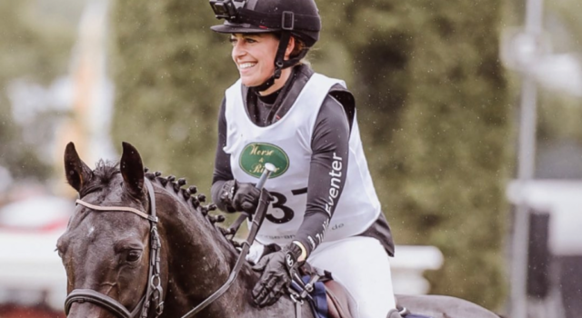 Juliane Barth hat mit #WirfürdenPferdesport eine Kampagne ins Leben gerufen, die die Vereinbarkeit von Liebe zu Pferden und Pferdesport zeigen soll. Dabei wollen wir sie unterstützen! ©️ julis_eventer